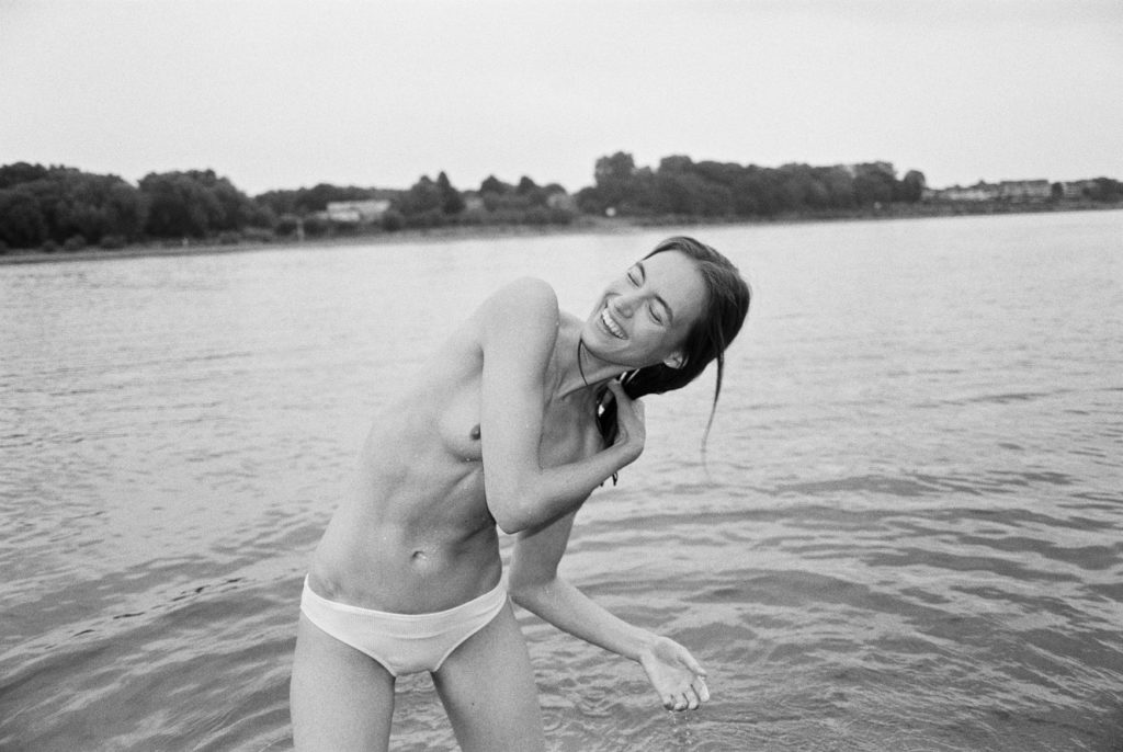 Katharina in Köln für meinen Bildband Tage Danach analog fotografiert